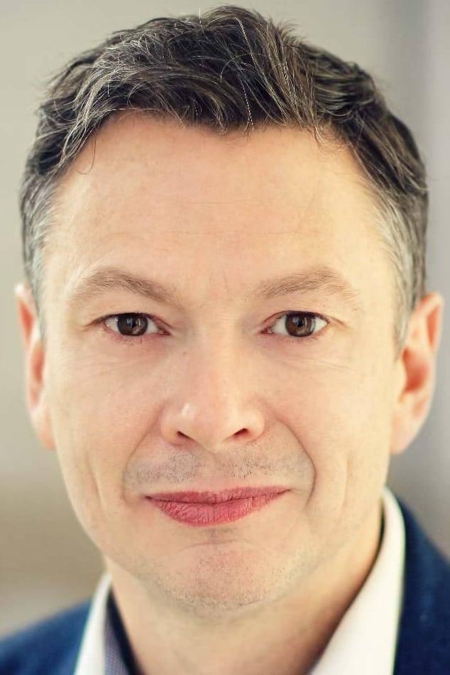 Mark Llewelyn-Evans