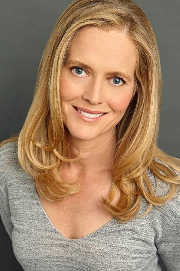 Claire Yarlett