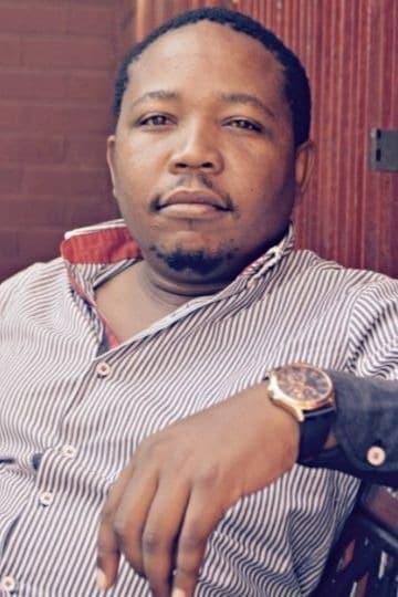 Presley Chweneyagae