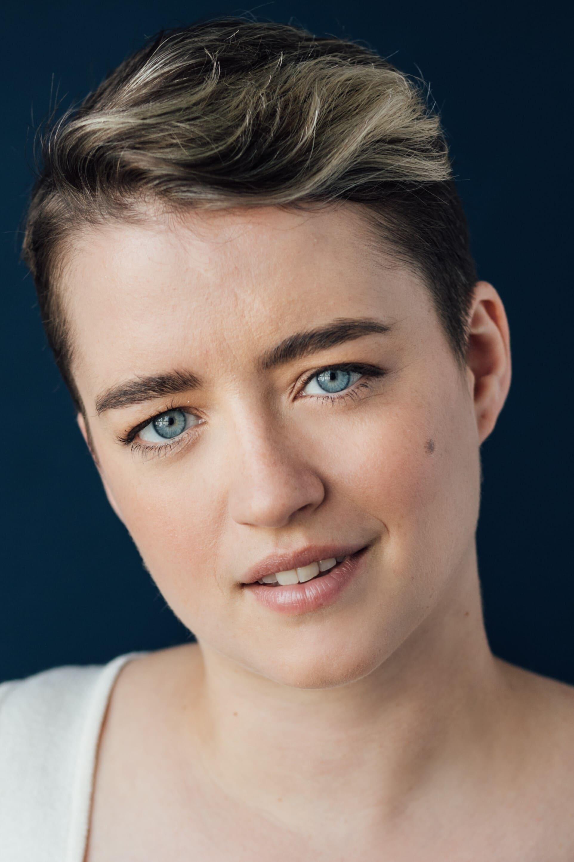 Linnea Currie-Roberts
