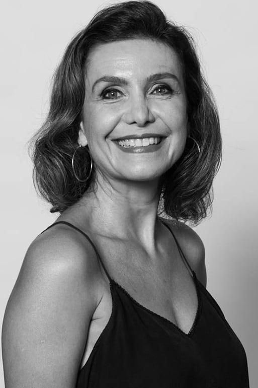 Adriana Quadros