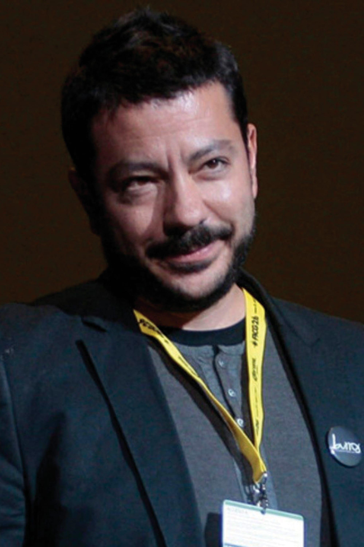 Alejandro Cantú