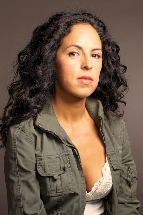 Erika Sabel Flores