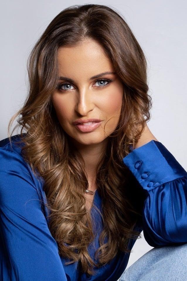 Malika Ménard