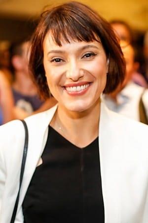 Cláudia Jouvin