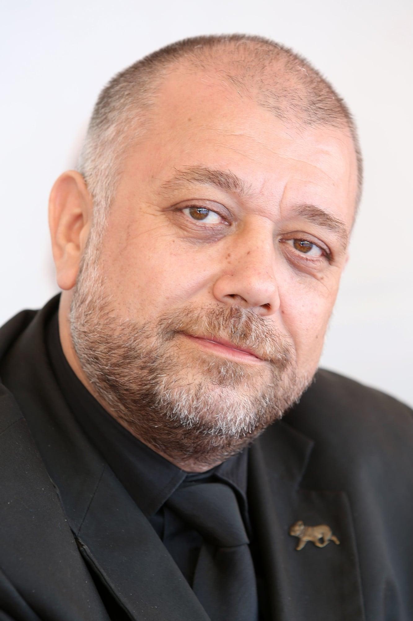 Cristian Ștefănescu