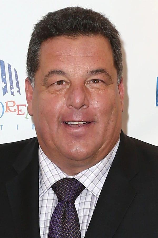 Steve Schirripa