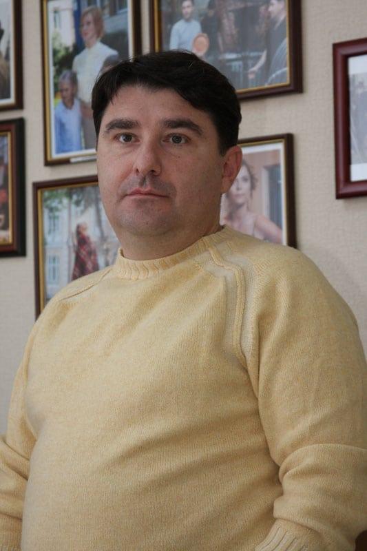 Artem Dollezhal