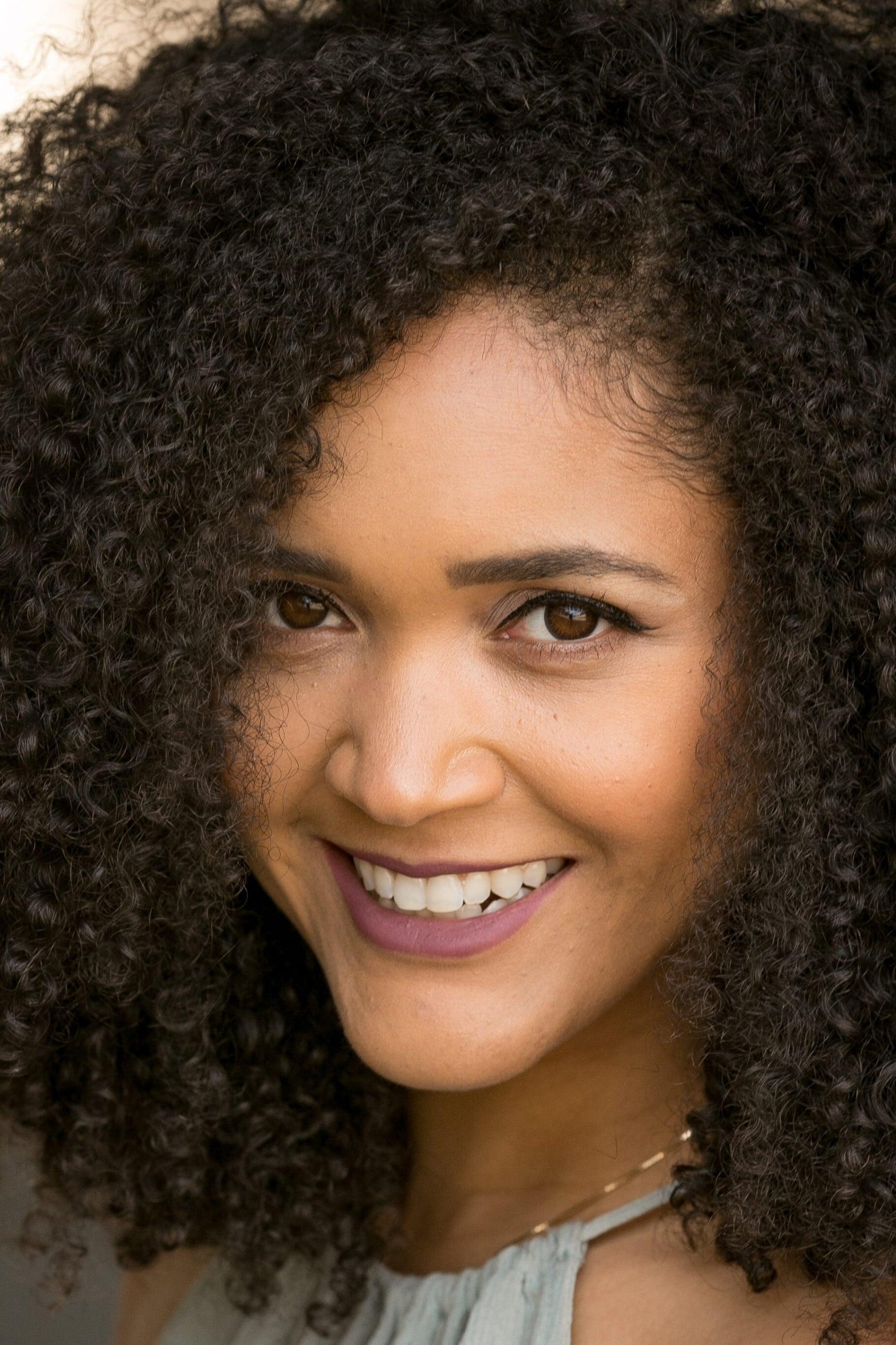 Cindy Fernandez-Nixon