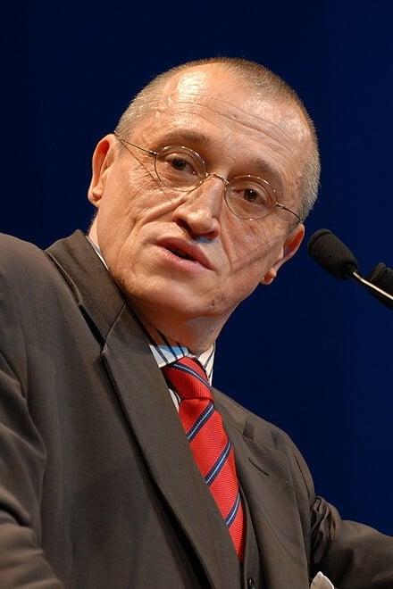 Paul-Marie Coûteaux