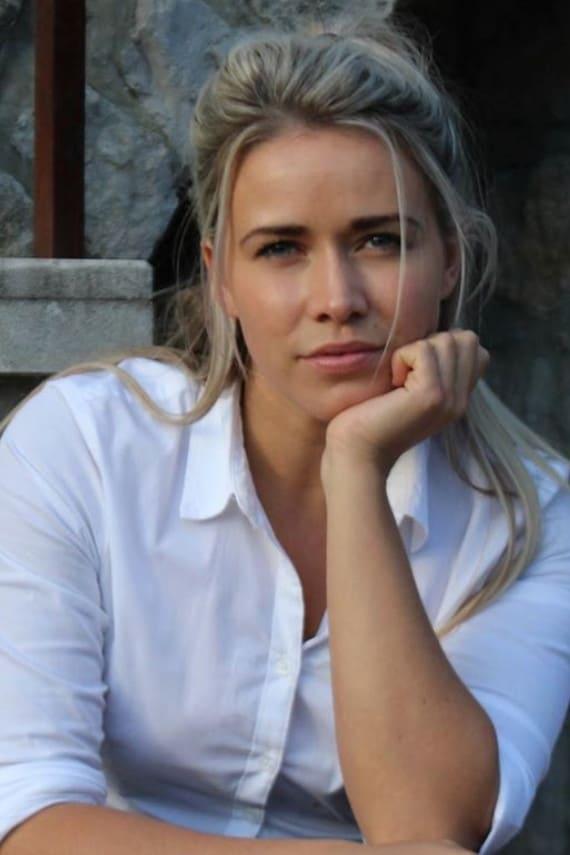 Laura Nicole Tott