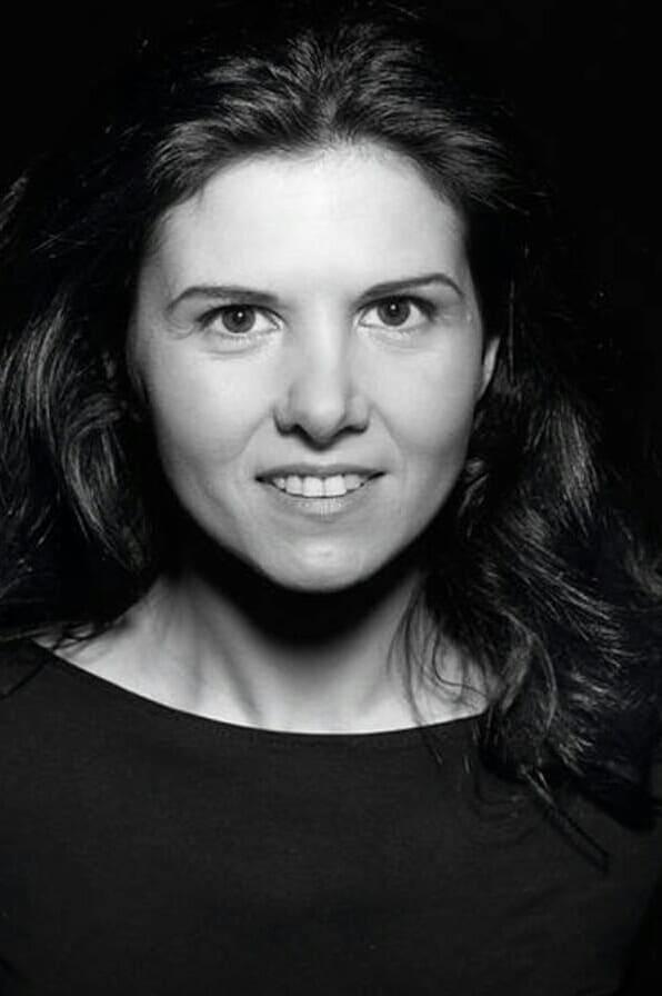 Isabel Naveira