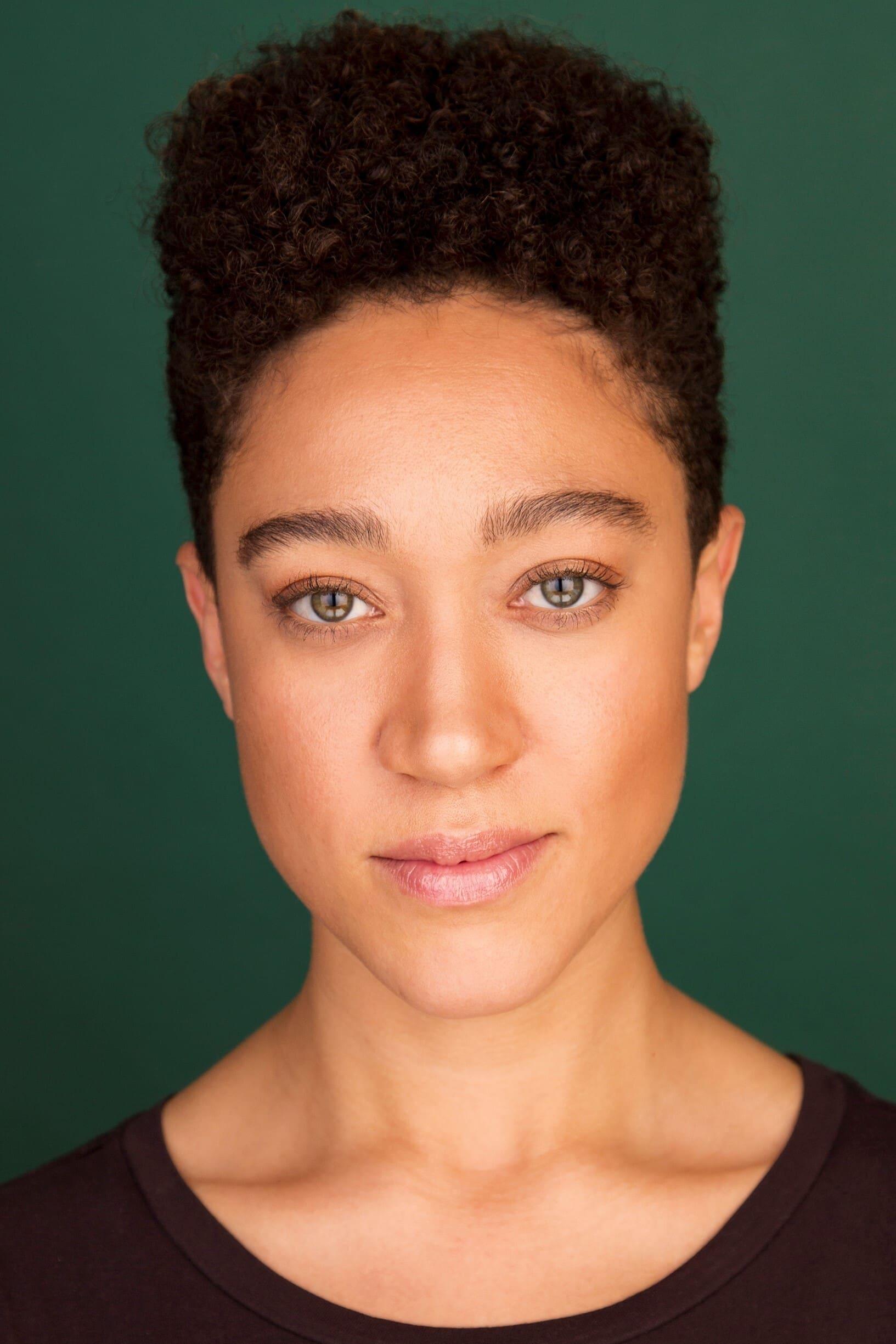 Chloe Freeman