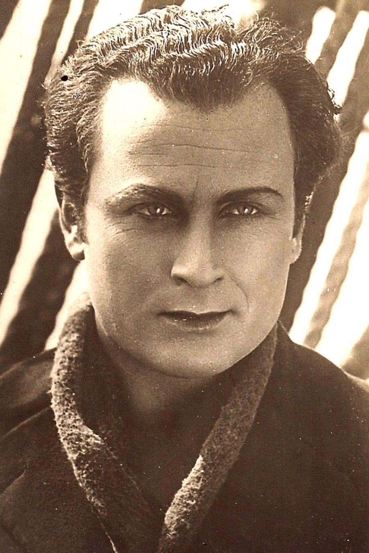 Arnold Kent