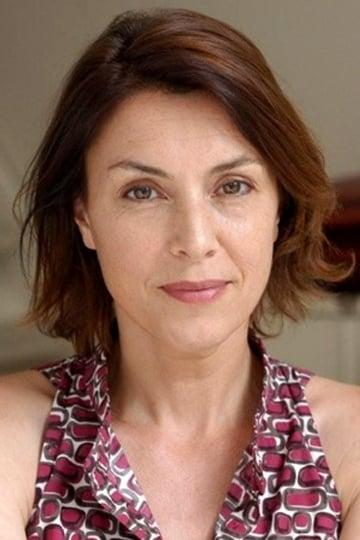 Cécile Magnet