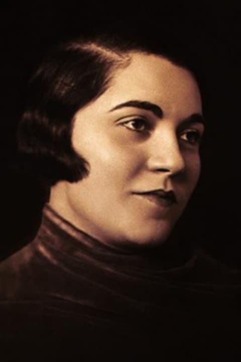 Ella Gombaszögi