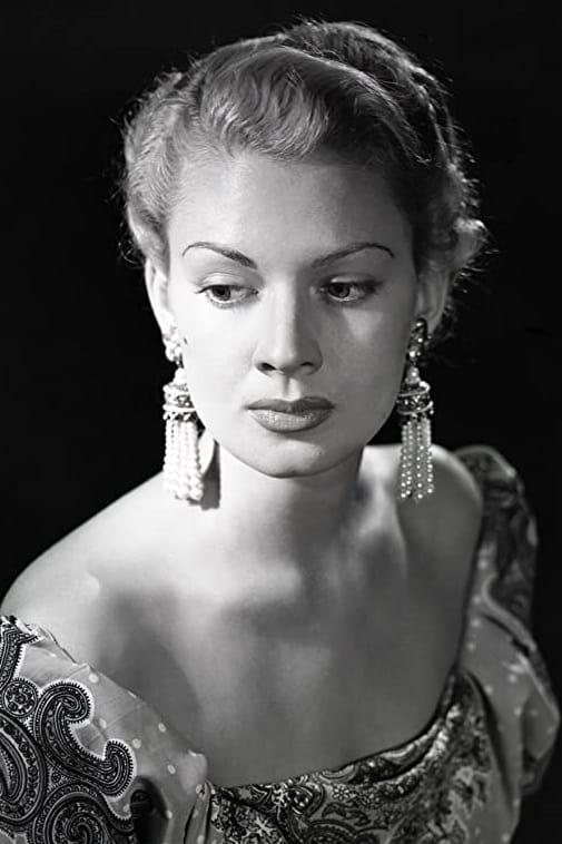 Renée Dumas