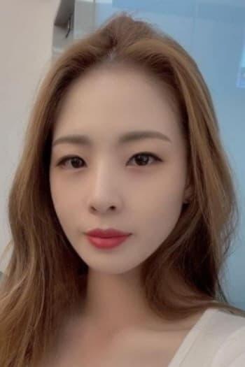 Shin Soo-ji