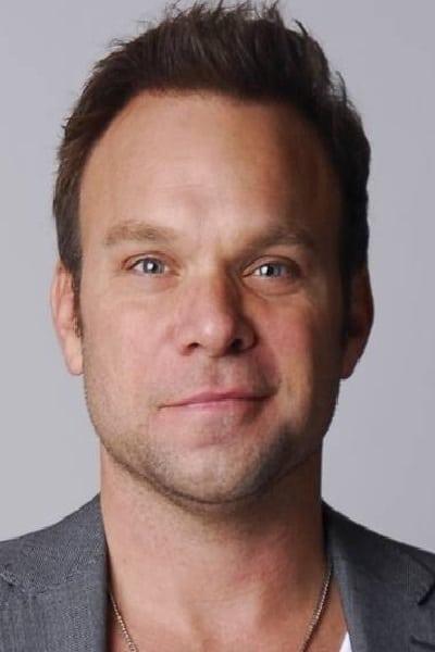 Norbert Leo Butz