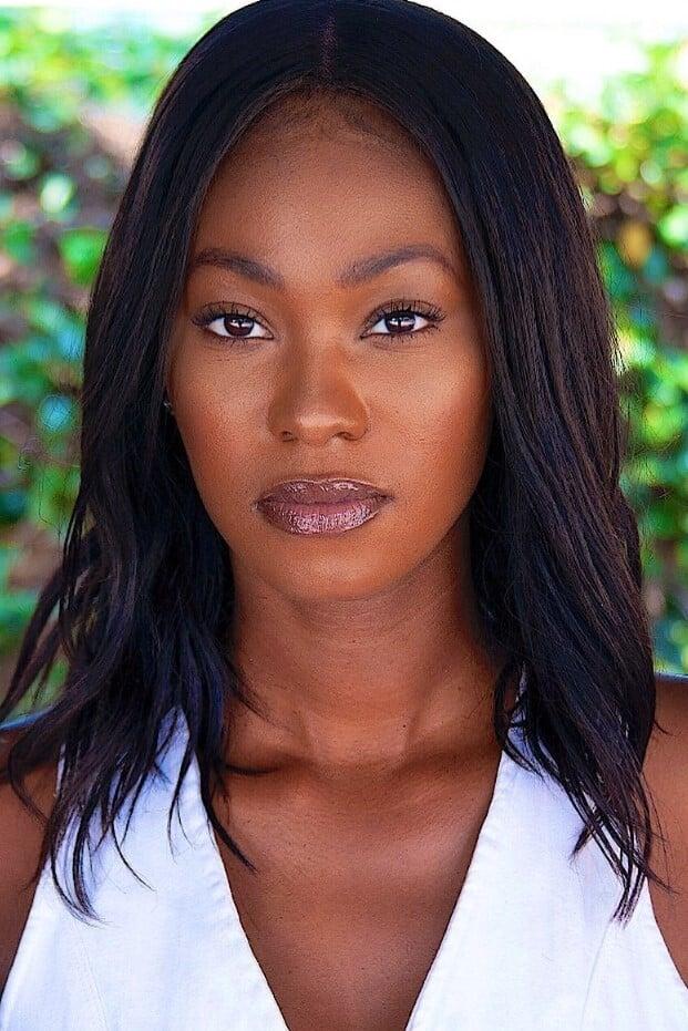 Monique StaTeena