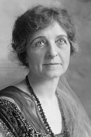 Lydia Knott