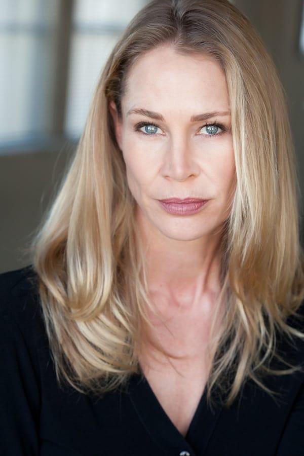 Kathleen Kinmont