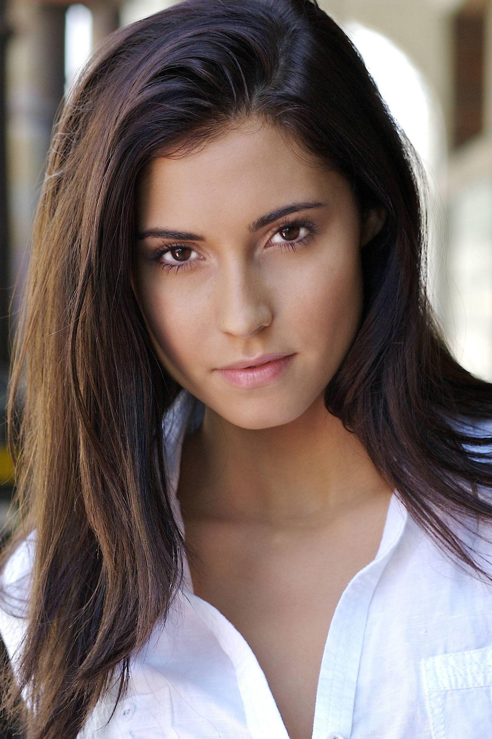Lindsay Schoneweis