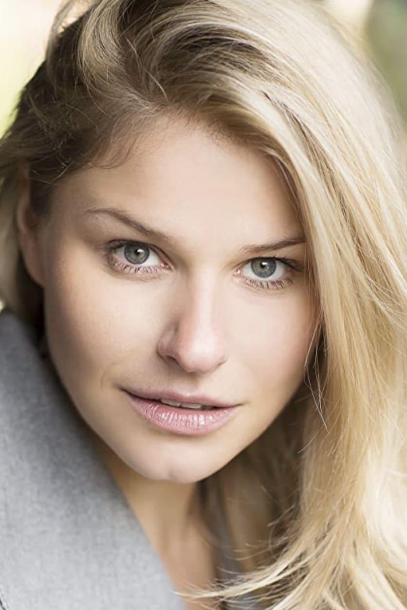 Georgina White