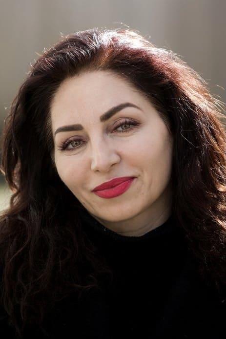 Nazmiye Oral