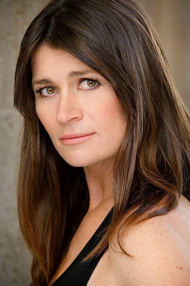 Carrie Lazar