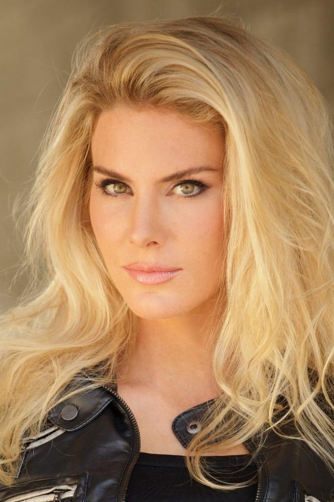 Kelly Greyson