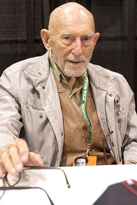 Erik Bauersfeld