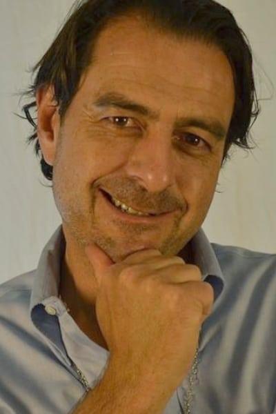Eric C. Schmitz