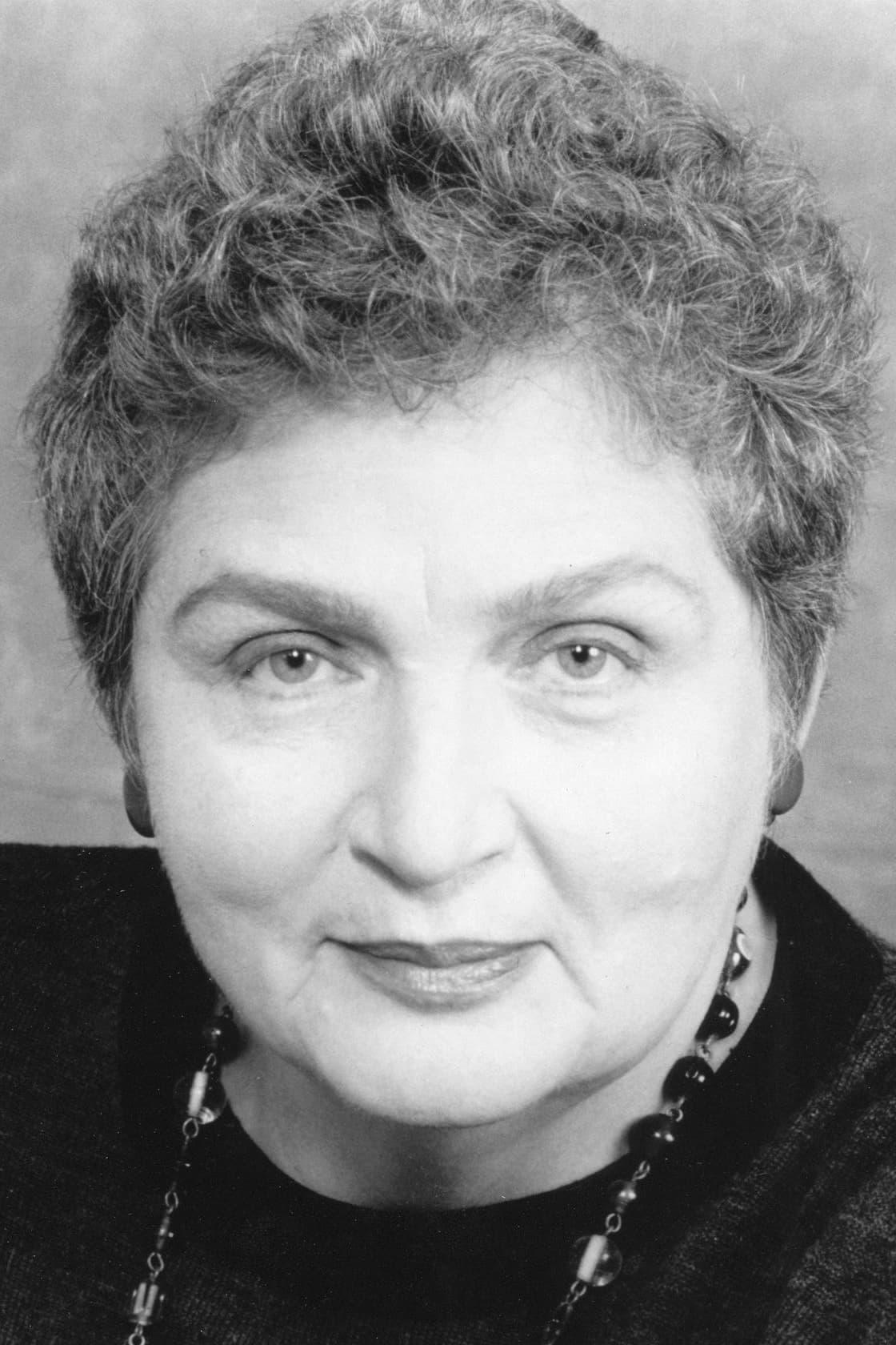Lola Pashalinski