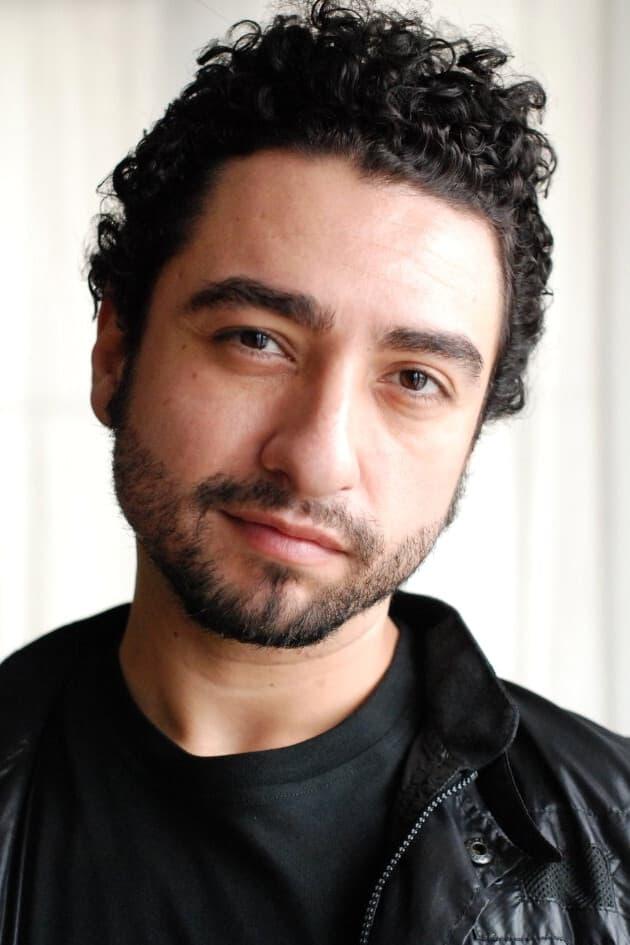 Eros Mendoza