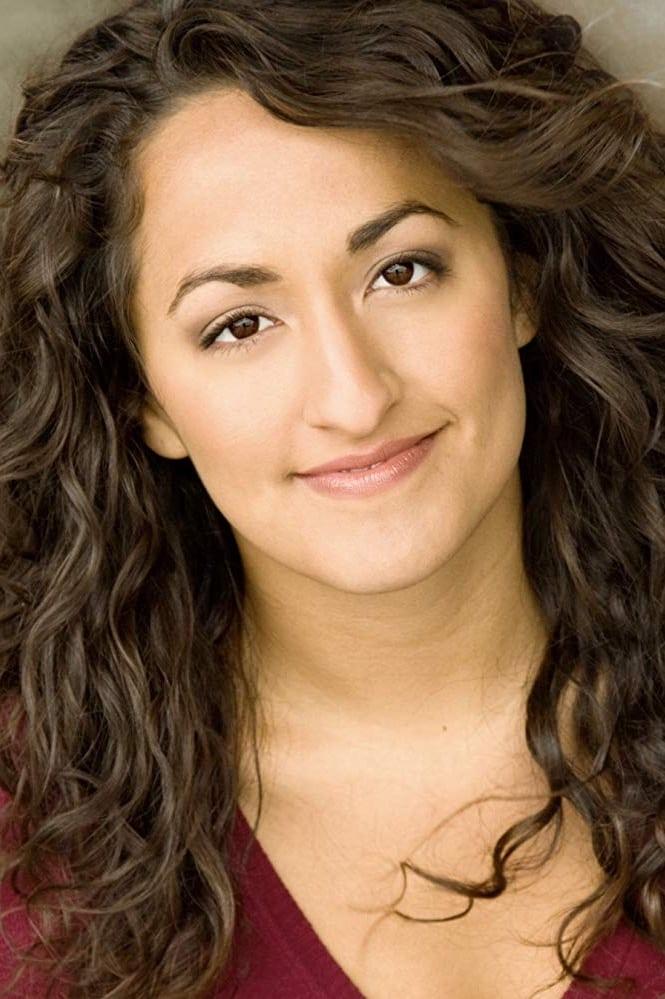 Elena Marisa Flores