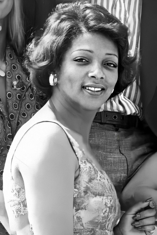 Valerie Murray