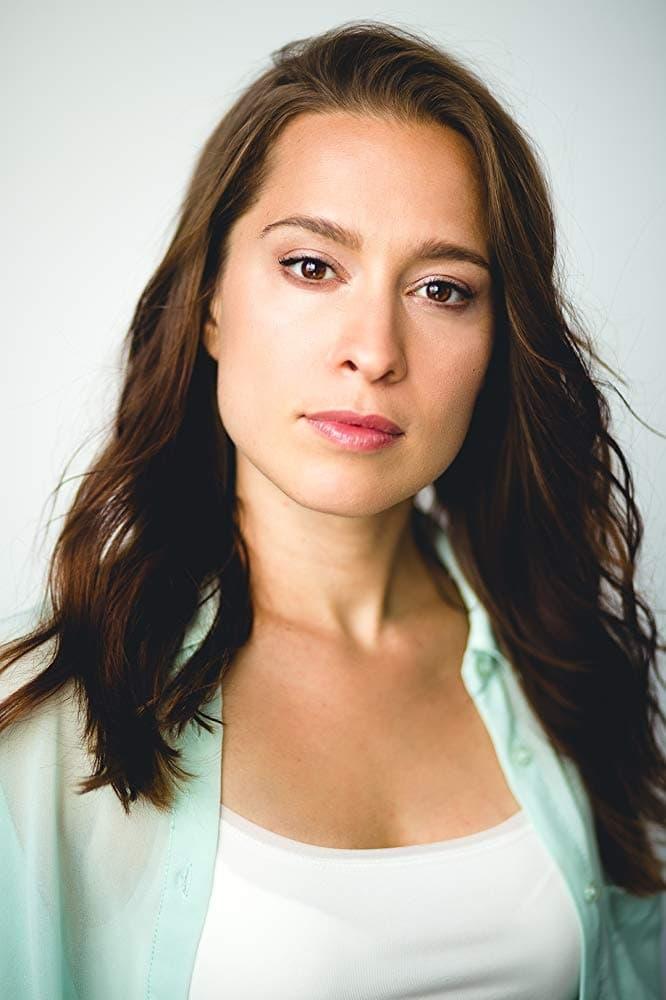 Laura Mayz