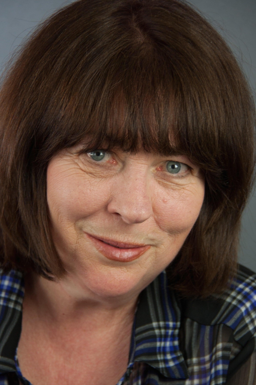 Nora McLellan