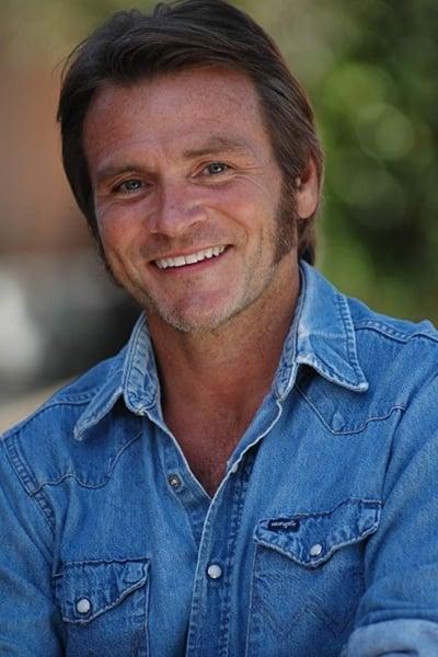 Douglas Bennett