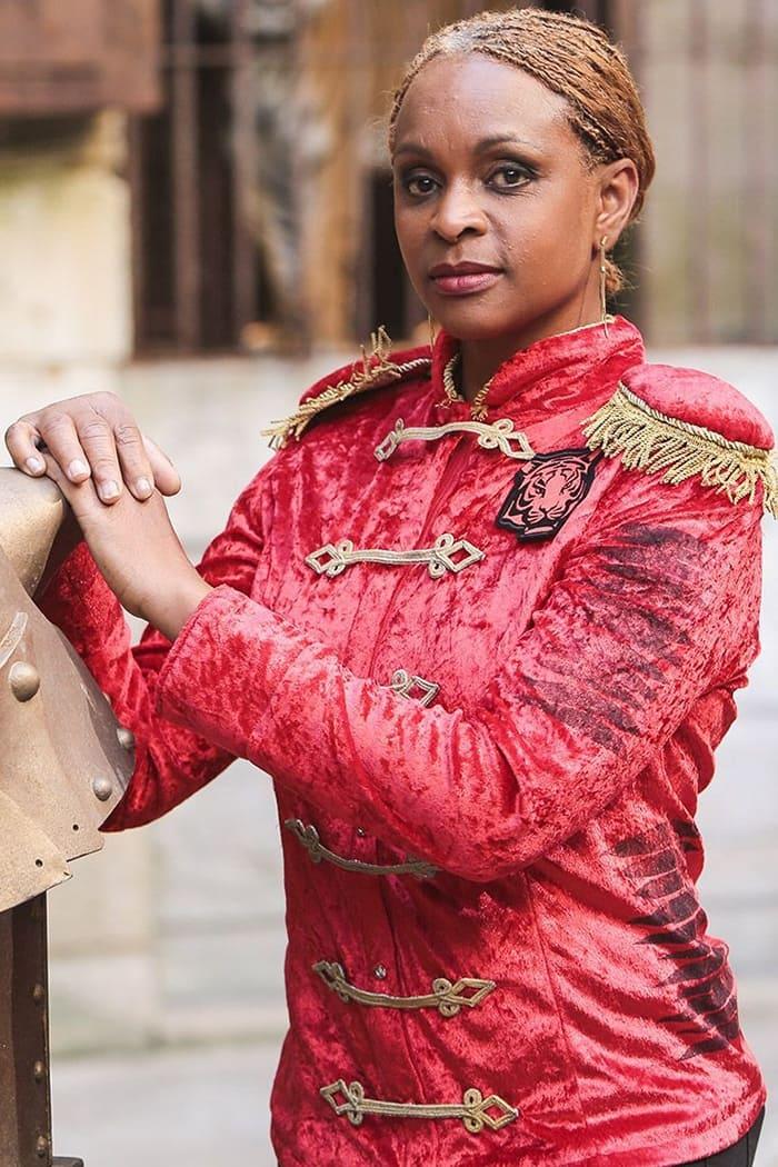 Monique Angeon