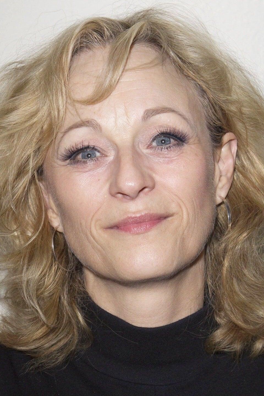 Lizzy McInnerny