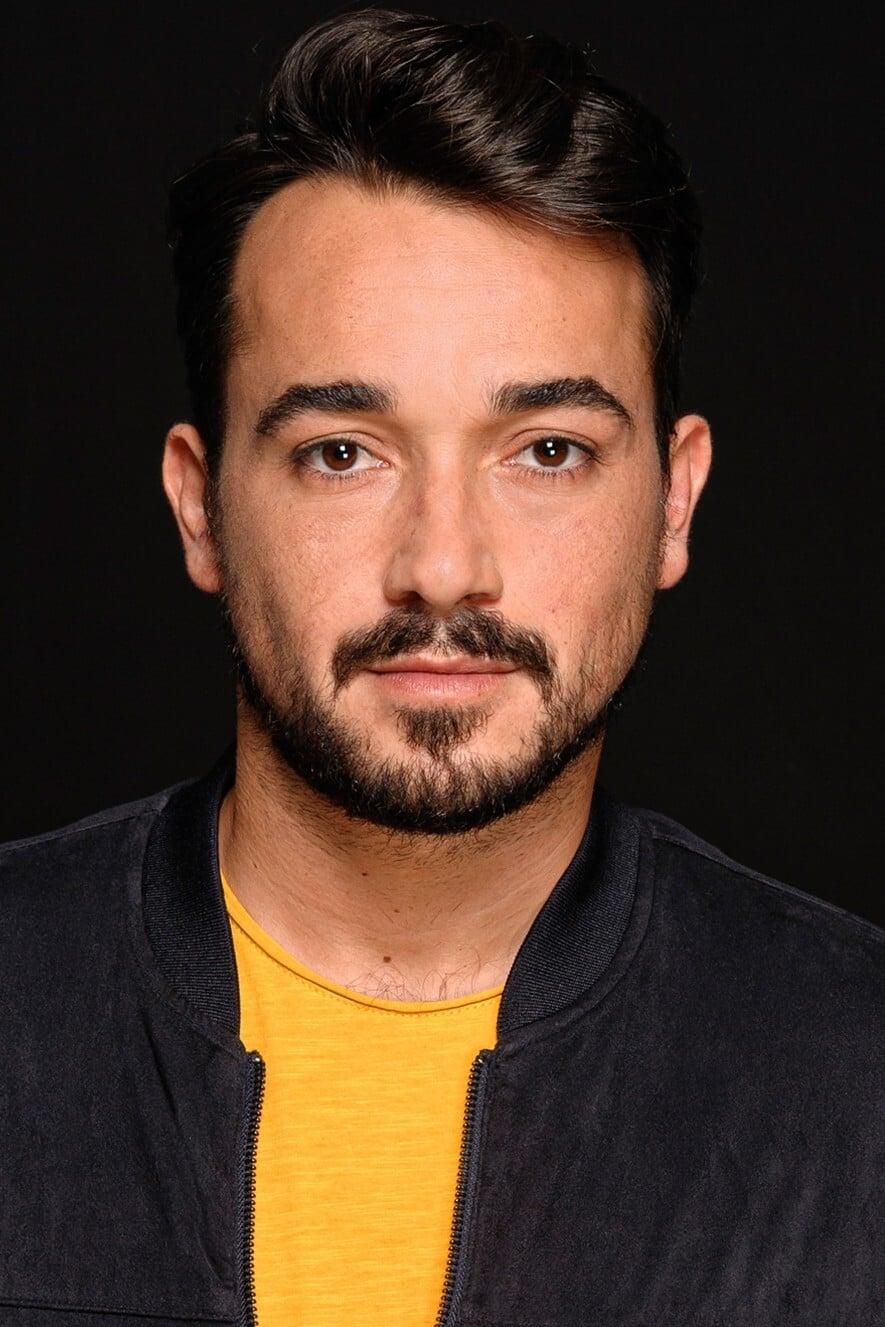 Adrián Viador
