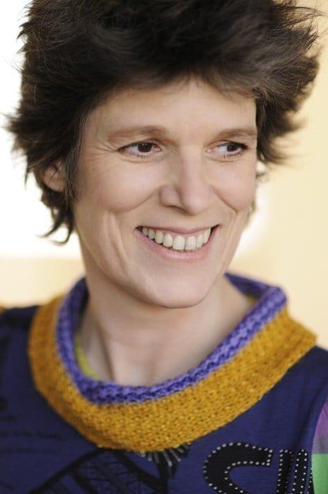 Laura Benson