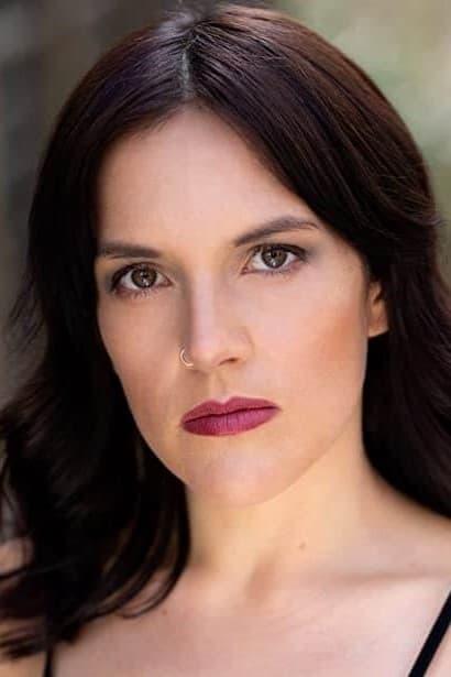 Stephanie Izsak