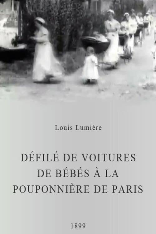 Défilé de voitures de bébés à la pouponnière de Paris